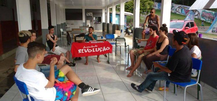 Mais de 800 escolas ocupadas no Paraná