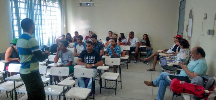 No Ceará, JR realiza curso de formação sobre a Revolução Russa