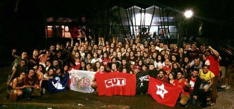 """""""Nossa Voz"""" vence eleições do DCE da USP"""