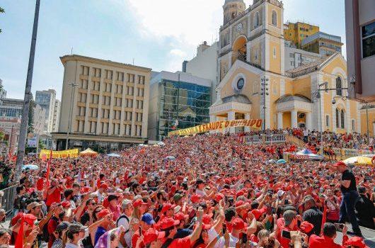O recado foi dado em Floripa: Não tem plano B! É Lula presidente com constituinte!