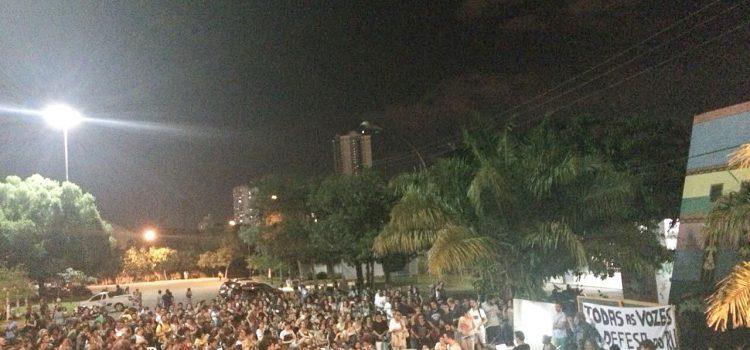 Estudantes da UFMT em greve contra o desmonte da universidade! Contra o aumento do RU!