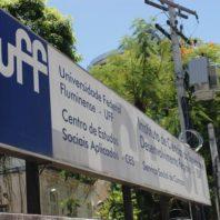 Abaixo a truculência policial! Abaixo o Estado de Exceção no Brasil!